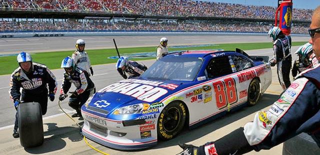 20140211-ssmall051811-NASCAR-Dale-Earnhardt-JW_20110518091150986_660_320.jpeg